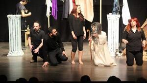 Aydın Tiyatro Günlerinde 5 Bin Kişi Tiyatroyla Buluştu