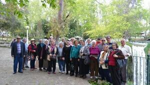 Konyaaltı'nda 65 Yaş Üstü Vatandaşlara Kültür Turları