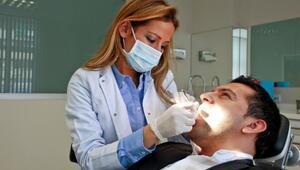 Dişlerde Yeni Ekol: Pembe Estetik