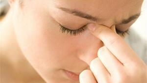 Ense De Ağrı Sinüzit Belirtisi Olabilir