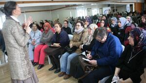 """Eskişehir Kent Konseyi Kadın Meclisi'nden """"Sağlıklı"""" Seminerler"""