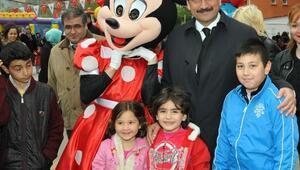 Başkan AK Oyun Alanında Çocuklarla Bir Araya Geldi