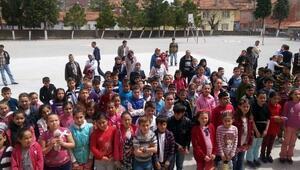 Gediz'in Bilim Yıldızları Mehmetçik Ortaokulu'nda Yarıştı