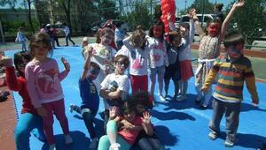 Minikler Çocuk Şenliğinde Gönüllerince Eğlendi