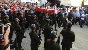 Şehit uzman çavuş Karamanı  İskilipte 15 bin kişi uğurladı