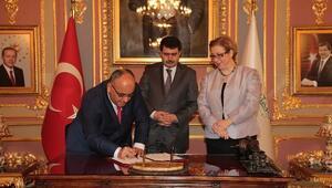 Ümraniye Belediyesi İle İstanbul Valiliği Arasında Protokol İmzalandı