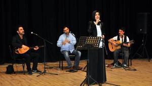 Akşehir Belediyesi'nden Anneler Günü Etkinliği,