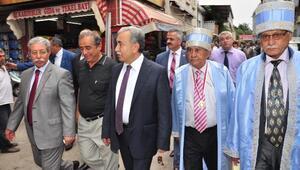 Vali Büyük Ve Başkan Barışık, Kazancılar Çarşısı'nda