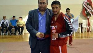 Haliliye Belediyespor'dan Kıck Boksta 5 Şampiyonluk