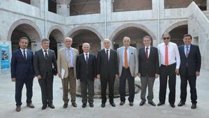 Oka Tokat'ta Toplandı