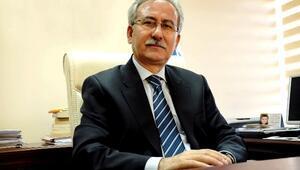 BÜ Rektörü Kaplan Yüzyılın Türk Şairlerini Anlattı