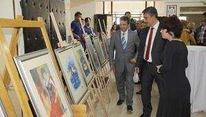 Nevşehir MYO Grafik Tasarım Bölümünden '13. Grafik Tasarım Sergisi'