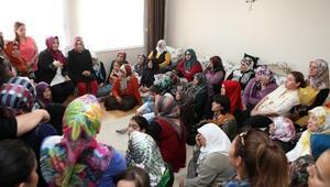 Sena Nur Çelik Antalya'da Kadınlarla Bir Araya Geldi