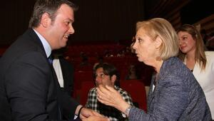 Başkan Piriştina'dan Gençlere Çağrı
