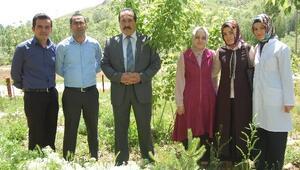 Muş'ta Köy Okulu Öğretmen Ve İdarecilerinden Örnek Davranış