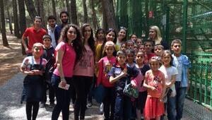Köy Okulu Öğrencilerine Hayvanat Bahçesi Gezisi