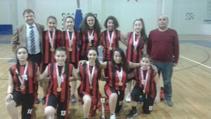 Bartın Yıldız Kız Basket Takımı Almanyaya Gidiyor
