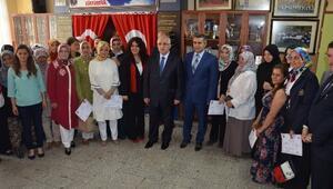 Eskişehir'de Karne Dağıtım Töreni