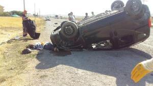 Hafif ticari araç 8 takla attı: 1 ölü, 6 yaralı