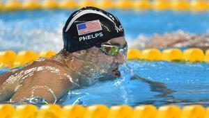 Tarihe geçen Michael Phelps servetini katlıyor