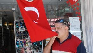 Esnaf, Teröre Karşı Bayrak Açtı