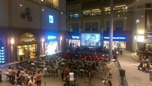 Forum Mersin'de Açık Havada Sinema Keyfi Devam Ediyor