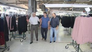 Başkan Karataş'tan Tekstil Fabrikasına Ziyaret