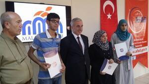 Türkçe Öğrenen Suriyeli Gençlere Sertifikaları Verildi