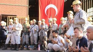 Madenciler, Şehitler İçin Dua Etti