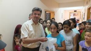 Acıgöl Belediyesi Bin 500 Öğrenciye Kırtasiye Yardımı Yaptı