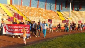 Mardin'de 'Meme Karserine Karşı Harekete Geç' Yürüyüşü