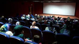 Sinema Tebessüm'de Mucize Filmi Büyük İlgi Gördü