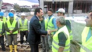 Milletvekili Adayı Ali İhsan Yavuz, İnşaat Sektöründe Faaliyet Gösteren Firmaların Şantiyelerinde İşçilerle Bir Araya Geldi