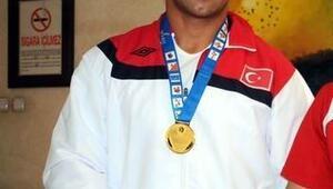 Kayseri Şekerspor İşitme Engelli Güreşçisi Avrupa Şampiyonu Oldu