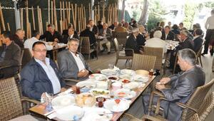 CHP Ödemiş Teşkilatı Muhtarları Kahvaltıda Buluşturdu