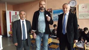 """""""Yerel Gazete Al, Altın Kazan"""" Kampanyası Ekim Ayı Ödülü Verildi"""