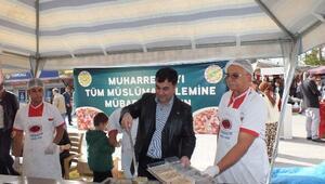 Başkan Kılınç, Halka Aşure Dağıttı
