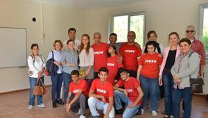 Başkan Böcek'ten, Ziçev'in Yeni Okuluna Restorasyon