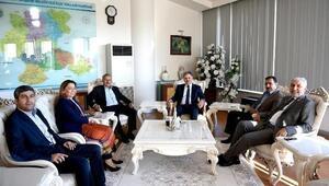 AK Parti Vekilleri, Başkan Ahmet Çakır'ı Ziyaret Etti