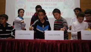 Melikgazi Belediyesi Çocuk Meclisinde Seçim Heyecanı