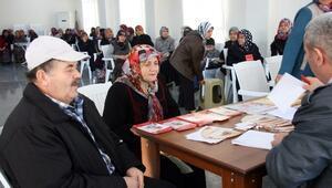Bozüyük'te Yüzlerce Kişiye Ücretsiz Göz Taraması