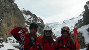 Edkik Sporcuları Dağ Kayağı Kampında Türkiye'yi Temsil Edecek