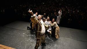 2. Tiyatro Festivali İstibdat Dönemi İle Başladı
