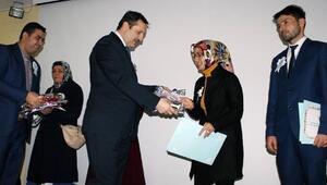 Yozgat'ta 32 Açıköğretim Öğrencisi Diplomalarını Aldı