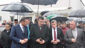 AK Parti Trabzon İl Başkanı Revi, Bakan Tüfenkci'ye Nakliyecilerin Sorunlarını Anlattı