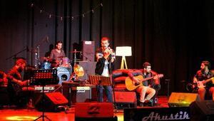 Müzik Kulübünden Akustik Konser