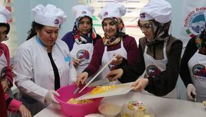 Kayseri Mutfağı Kursunda Sertifikalı Ev Yemekleri Hazırlama Ve Pastacı Çırağı Kursu