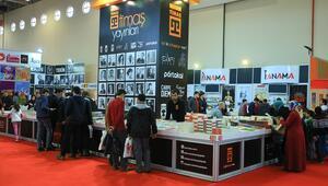 2. Karadeniz Kitap Fuarı Samsunda açıldı