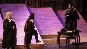 Verdinin Maskeli Balosu Samsunda sahnelendi