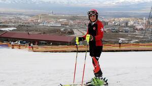 Erzurumlu Sıla, kayakta Türkiyenin yıldızı olmaya aday